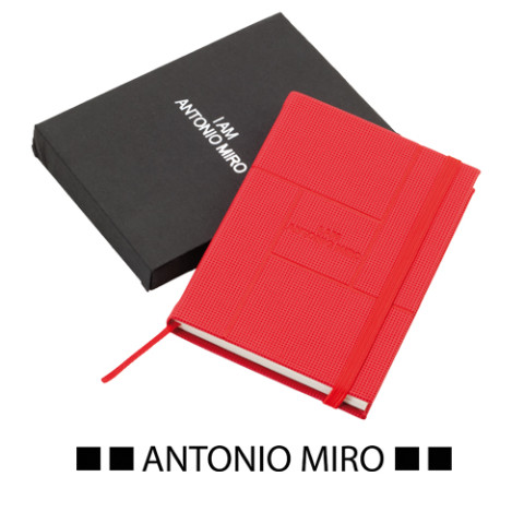 travel notes, libreta roja, tipo molesk 7129-03